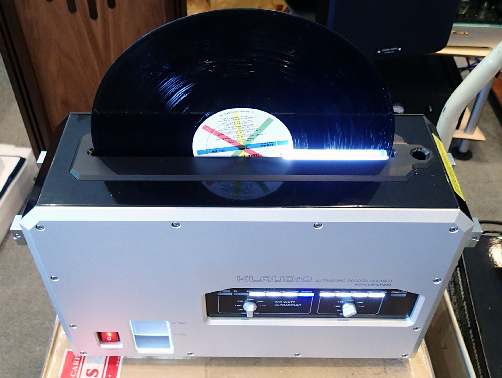 KLAUDiO CLN-LP200 超音波レコードクリーナーのデモ機を使ってみました。_b0262449_1681436.jpg
