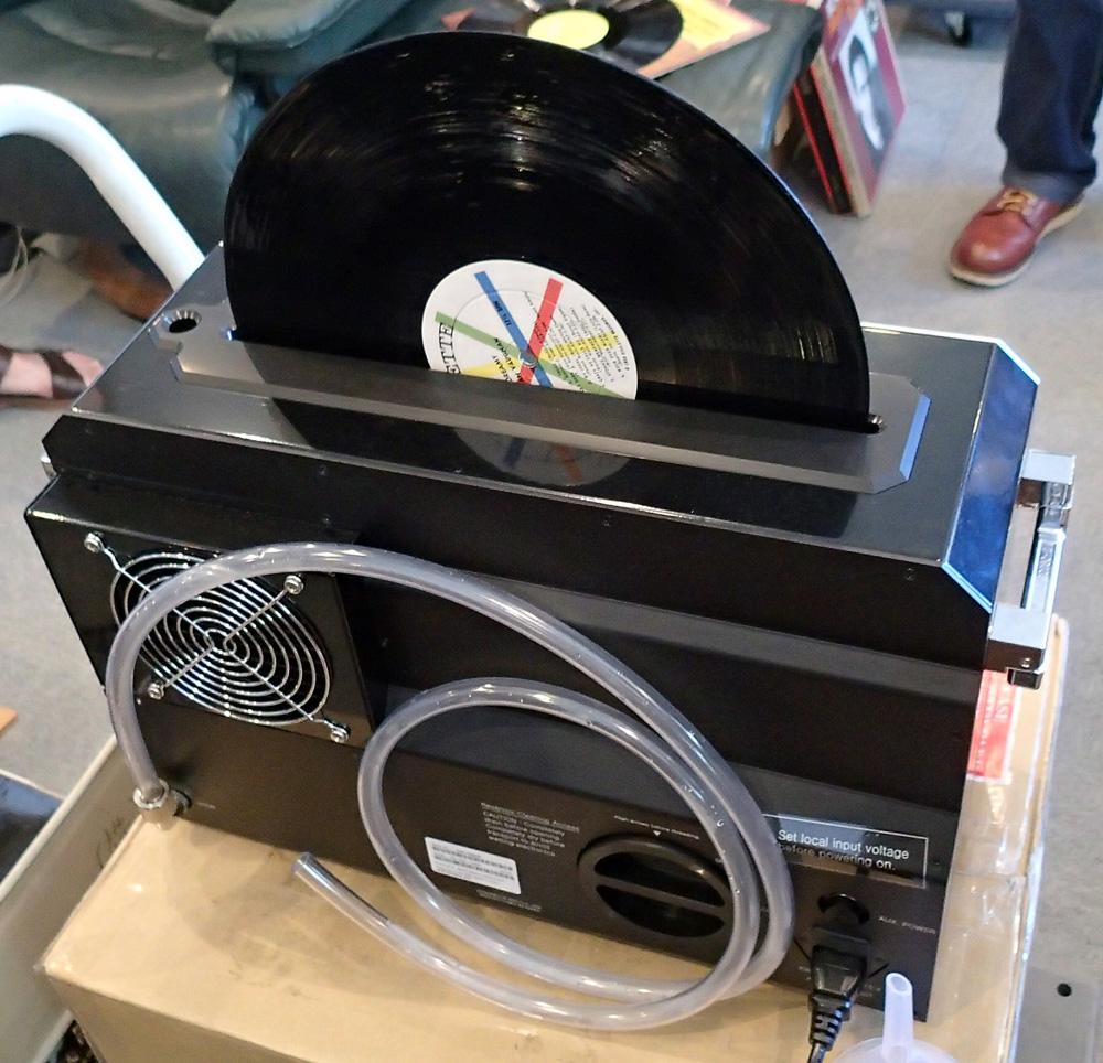 KLAUDiO CLN-LP200 超音波レコードクリーナーのデモ機を使ってみました。_b0262449_1682447.jpg