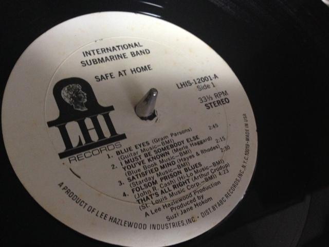 グラム・パーソンズは、コズミック・アメリカン・ミュージックと呼んでいた_e0077638_10261053.jpg