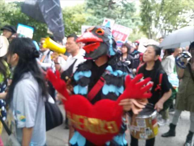 沖縄で2回目の基地反対大規模集会、東京・渋谷で連帯集会・デモ_c0024539_21535083.jpg