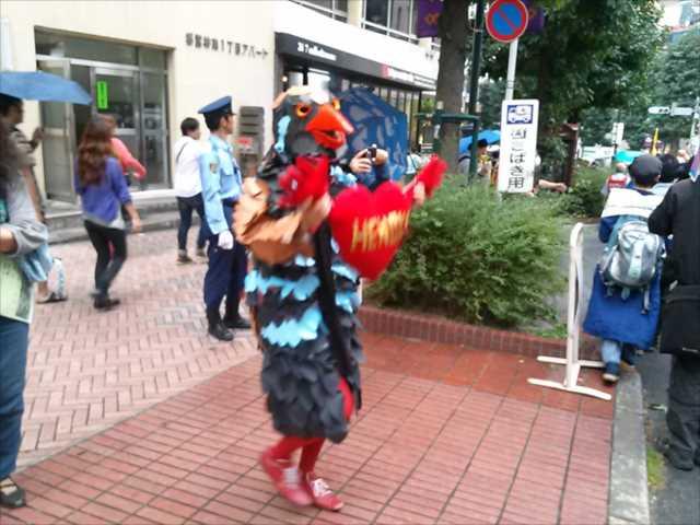 沖縄で2回目の基地反対大規模集会、東京・渋谷で連帯集会・デモ_c0024539_2153575.jpg