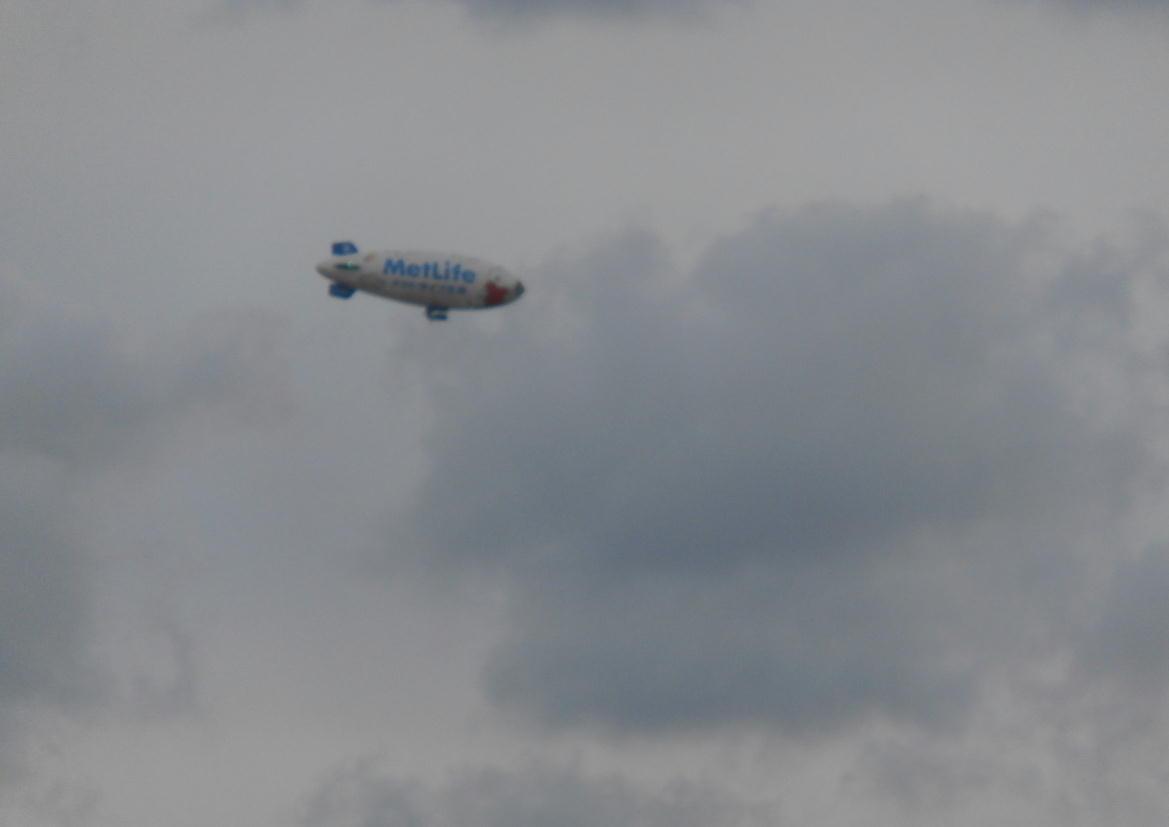 飛行船「スヌーピーJ号」_c0306646_13562851.jpg