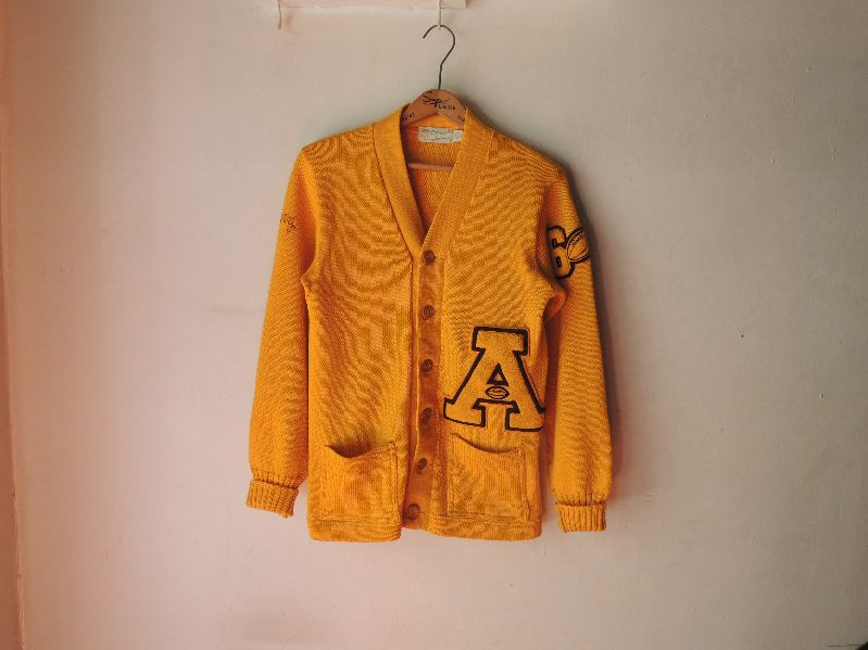60S BUREAN HOLLOWAY LETTERED CARDIGAN--RECOMMEND--_c0176867_1341294.jpg