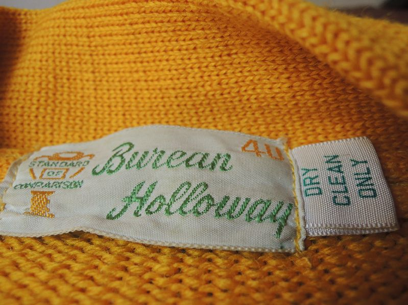 60S BUREAN HOLLOWAY LETTERED CARDIGAN--RECOMMEND--_c0176867_1343986.jpg