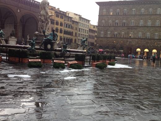 19/09/2014  フィレンツェ過去最大の雹_a0136671_0233518.jpg