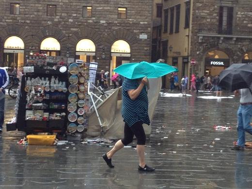 19/09/2014  フィレンツェ過去最大の雹_a0136671_0252052.jpg