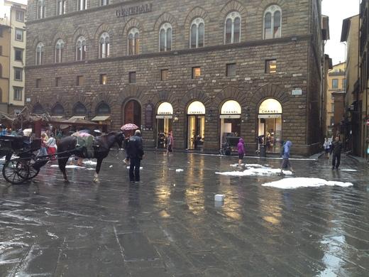 19/09/2014  フィレンツェ過去最大の雹_a0136671_0274297.jpg