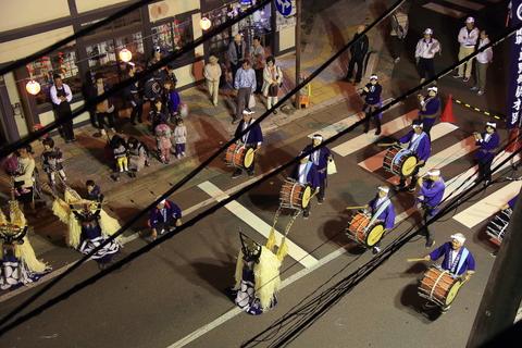 遠野祭りの夜01_f0075075_2155423.jpg