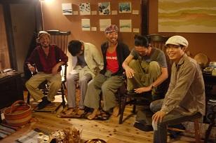 「椅子職人」の前でハシャイデみたら・・_f0226293_9245723.jpg
