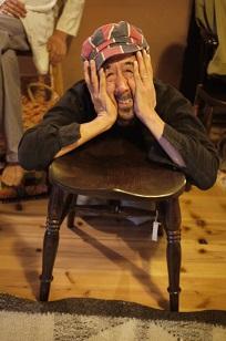 「椅子職人」の前でハシャイデみたら・・_f0226293_9255283.jpg
