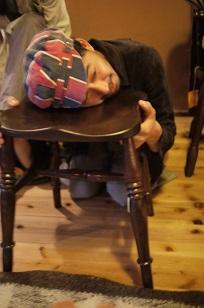 「椅子職人」の前でハシャイデみたら・・_f0226293_926238.jpg