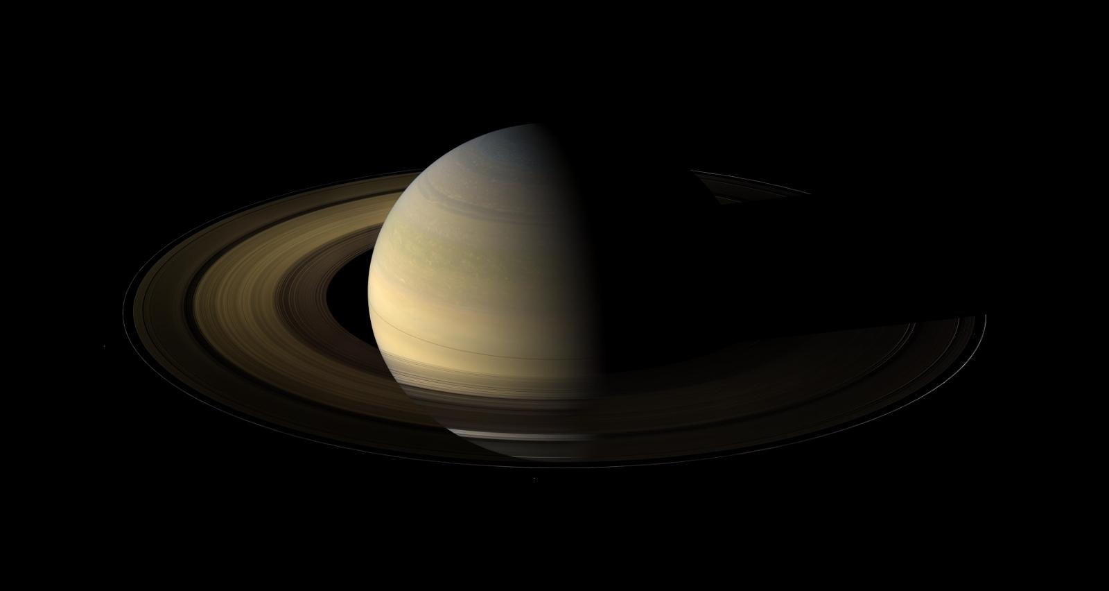 土星探査機カッシーニが捉えた美しい土星の姿_d0063814_20575978.jpg
