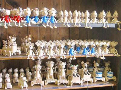 チェコの木のおもちゃを訪ねて_f0206019_19392665.jpg