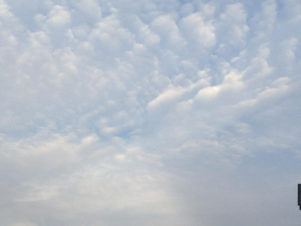 ある日の雲~秋ですねぇ。^^~_b0298740_00005157.jpg
