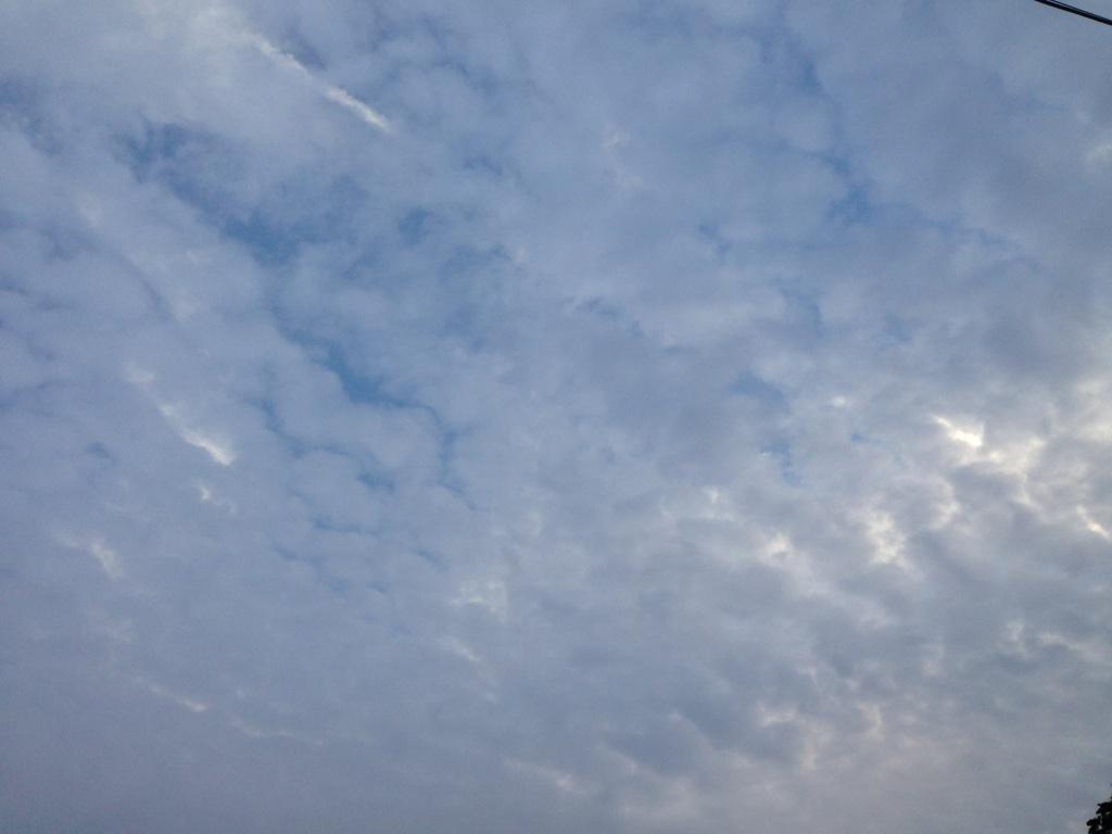 ある日の雲~秋ですねぇ。^^~_b0298740_00005790.jpg