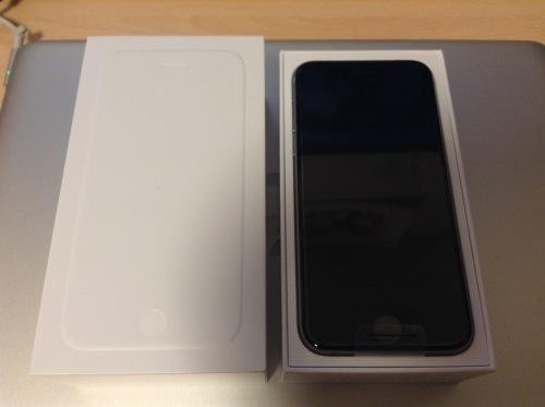 【iPhone6】あの「話題のスマホ」無事手に入れました!!_f0240642_00254314.jpg