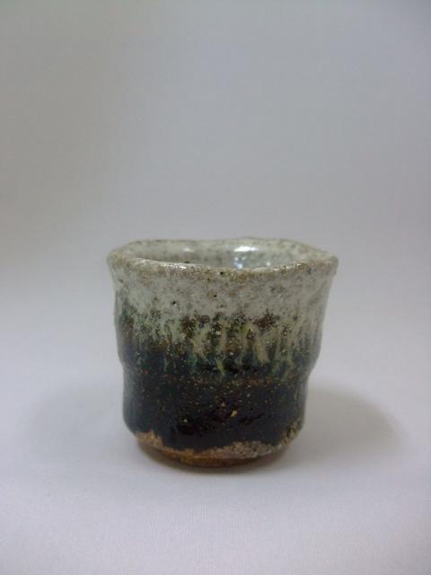 唐津・ぐい呑、湯呑をご紹介いたします。_f0144646_10224457.jpg