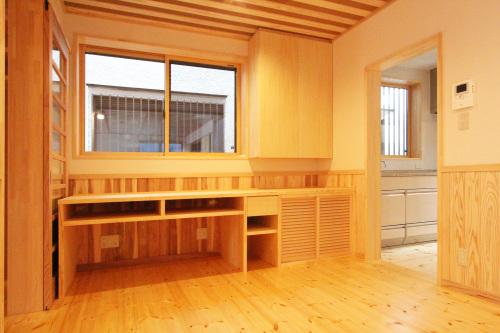 Q1住宅祐天寺完:成写真3 床下エアコン冷暖房簡単システム 1_e0054299_14050764.jpg