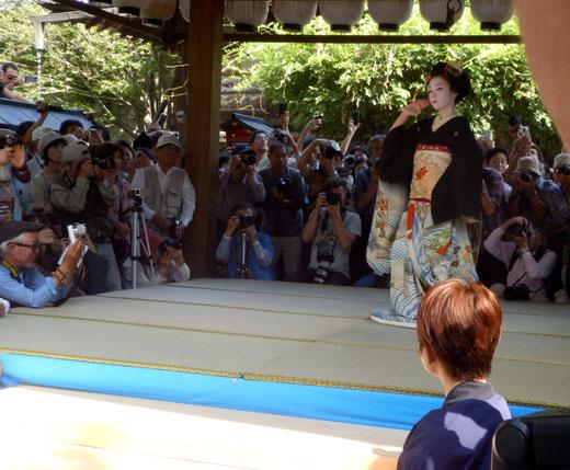 安井金毘羅宮 櫛祭り_e0048413_17252747.jpg