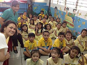 Kindergarten in Philippines...part.3_e0325335_14524337.jpg