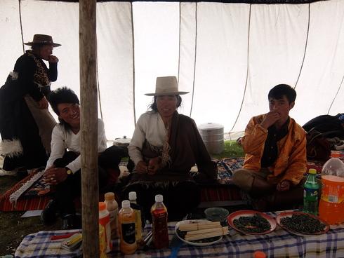 7日目: 理塘(リタン)競馬祭二日目ー稲城(ダオチェン)_a0207588_21151658.jpg
