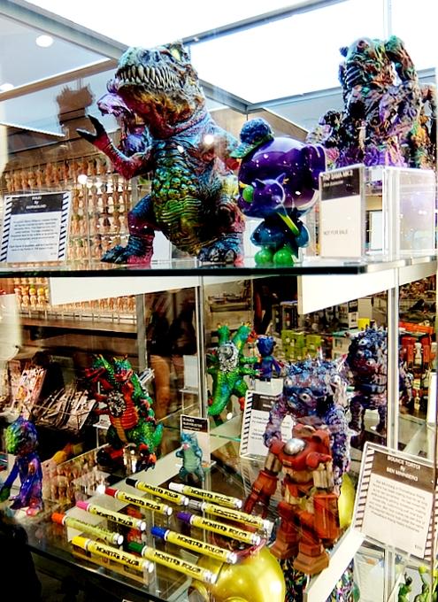 「パイロンズ」(PYLONES)のNYグランドセントラル店が「P!Q」へ_b0007805_2310739.jpg