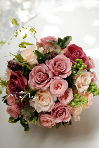 可愛く華やかなお花で お供え用に!_a0136507_21282134.jpg