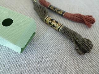 made in HIROSHIMA  フランス刺繍針&心惹かれるパッケージデザイン_a0165160_13592190.jpg