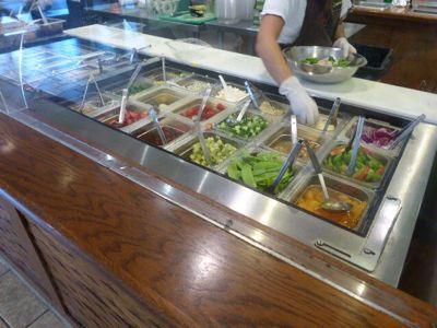 14年7月ハワイ 28★ランチはヘルシーな「aloha  salads」_d0285416_21542477.jpg