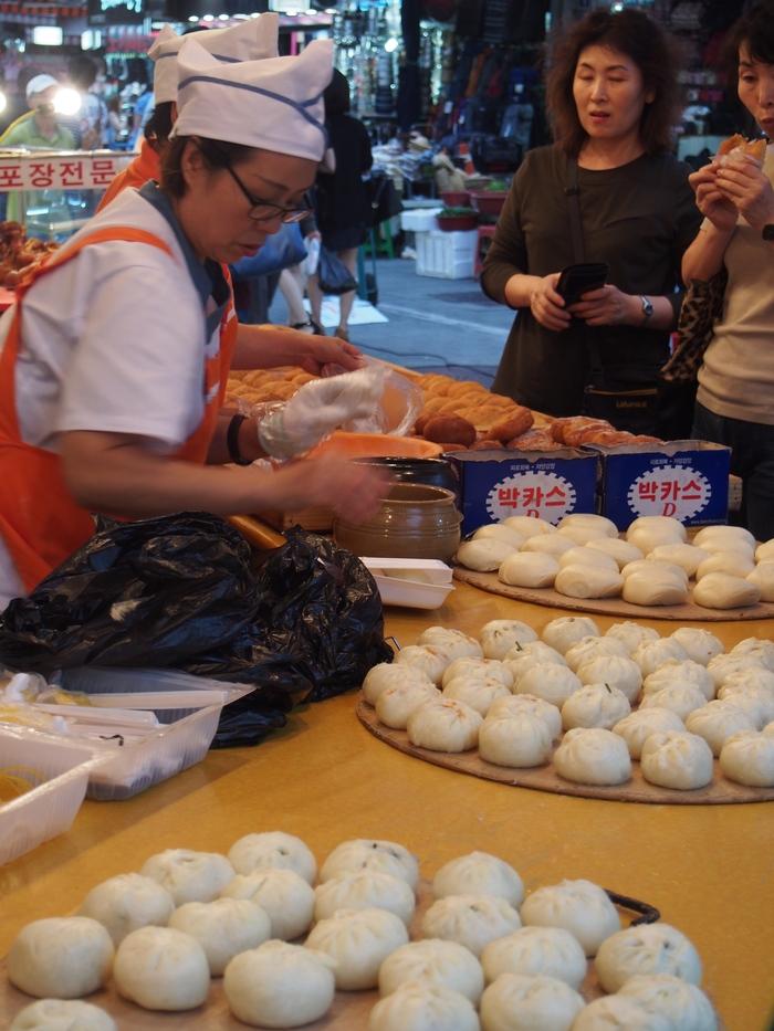 2014 9月 ソウル (10) とりあえず、南大門市場でつまむ_f0062122_11394596.jpg