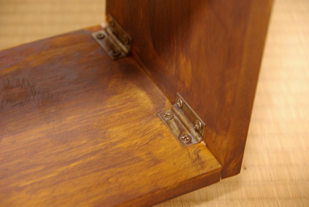 新什器・折りたたみ式の棚_a0107184_26541.jpg