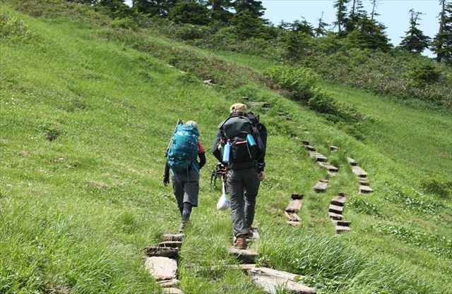 ハクサンコザクラ咲く会津駒ケ岳へ その1_b0246693_15034297.jpg