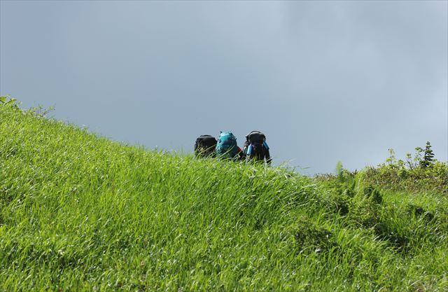 ハクサンコザクラ咲く会津駒ケ岳へ その1_b0246693_15280102.jpg