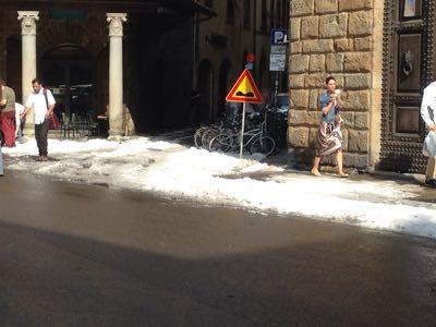 フィレンツェで雹_f0106597_5364345.jpg