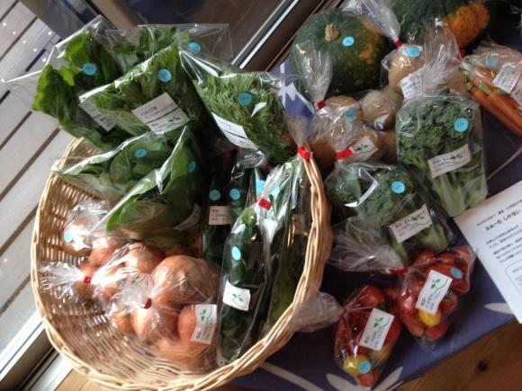 お野菜到着とワークショップ♪_f0321908_12085522.jpg