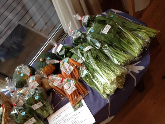 お野菜到着とワークショップ♪_f0321908_12094134.jpg