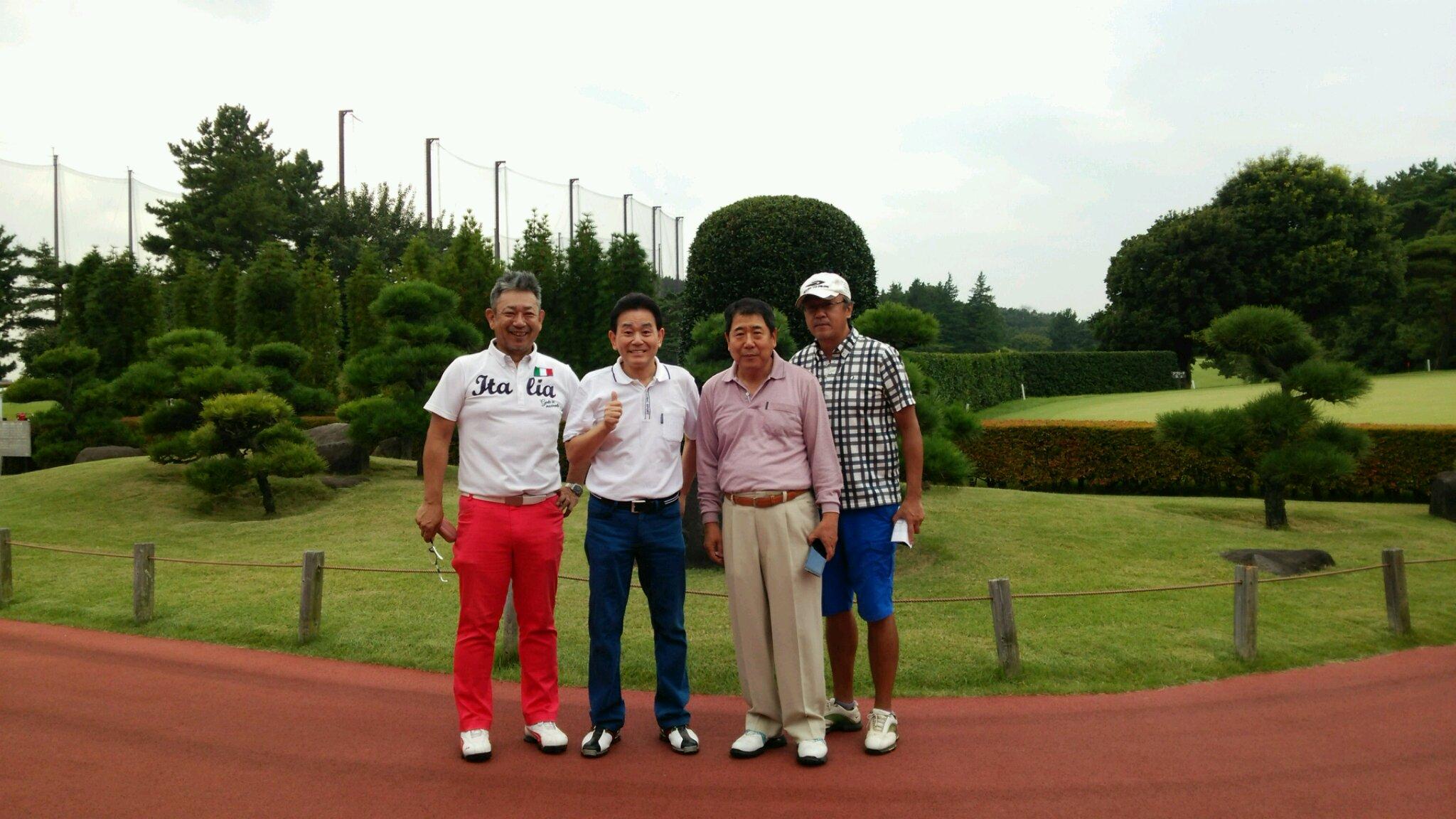 YK会ゴルフコンペで3位入賞!_e0119092_17055790.jpg