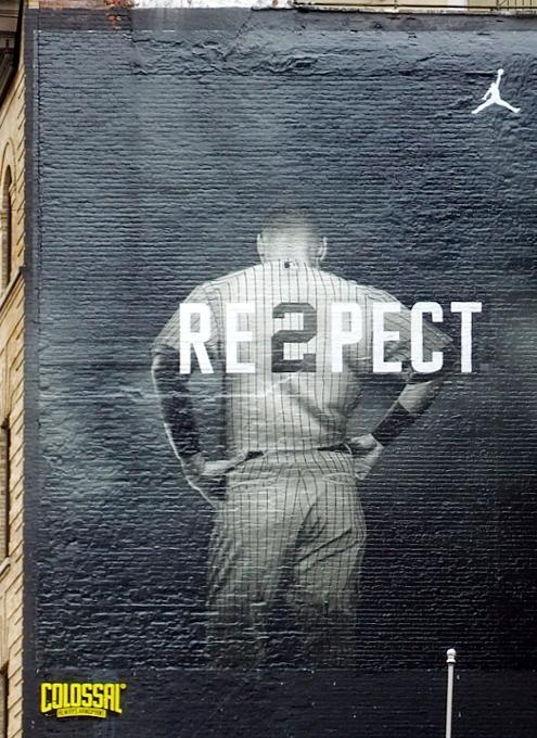 今期限りで引退するヤンキースのジーター選手、本拠地最後の試合で漫画でもやり過ぎなサヨナラ・ヒット!!!_b0007805_20282022.jpg