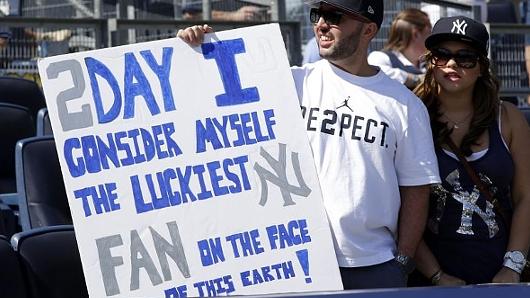 今期限りで引退するヤンキースのジーター選手、本拠地最後の試合で漫画でもやり過ぎなサヨナラ・ヒット!!!_b0007805_20285877.jpg