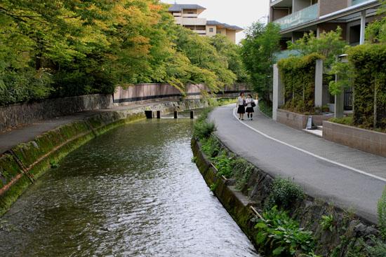 岡崎の白川散策_e0048413_21174821.jpg