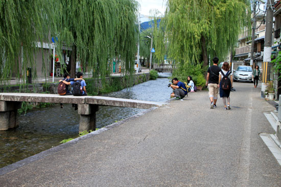 岡崎の白川散策_e0048413_21255424.jpg