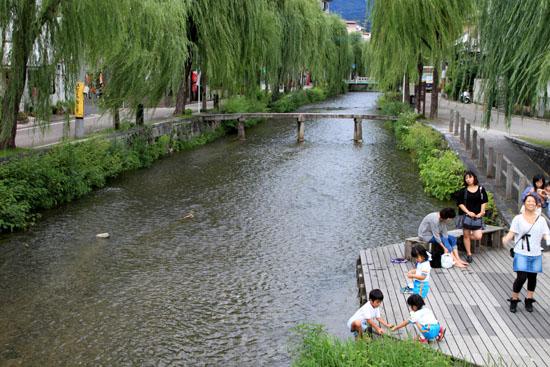 岡崎の白川散策_e0048413_21265205.jpg