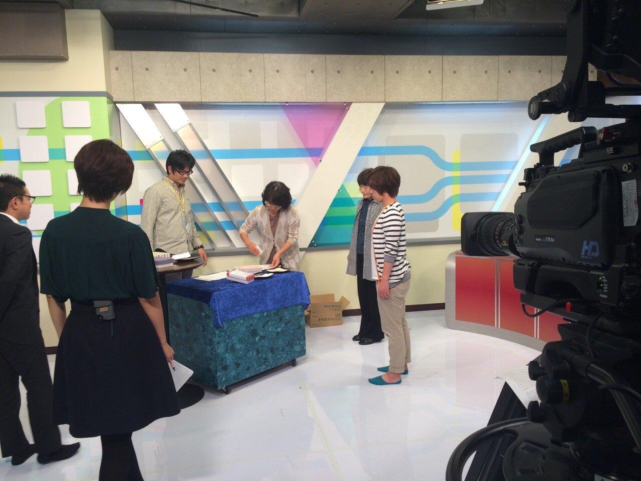 栗きんとん絞り体験テレビ収録―岐阜テレビ_d0063218_9591255.jpg