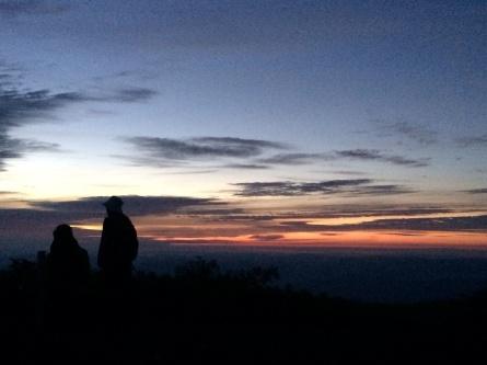 さ、明日も登るゾー!!_f0101226_16042794.jpg