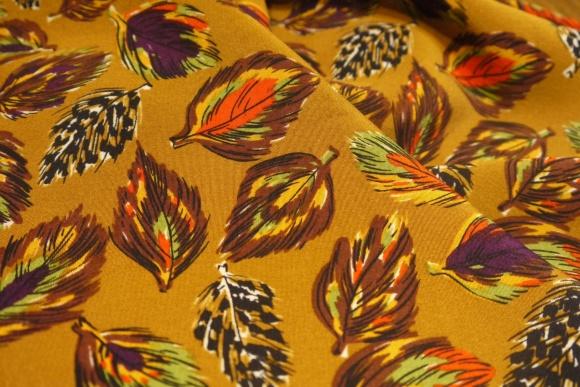 fallen leaves_f0335217_11054405.jpg