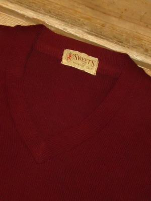 Lettered Sweater_d0176398_1944922.jpg
