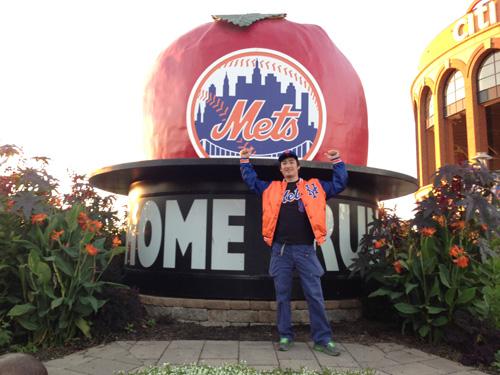 #Mets @Mets fans in #Japanallstar in Tokyo! みんなありがとう!(=´∀`)人(´∀`=) @MLB @MLBFanCave _b0032617_311974.jpg