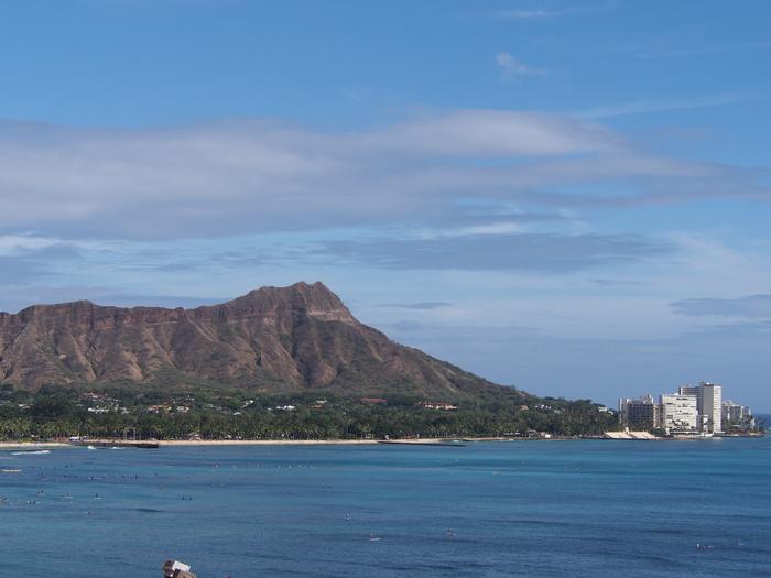2014 9月 ハワイ (6)  みえた ブルーエンジェルスと 巨大なマイタイ_f0062122_18411312.jpg