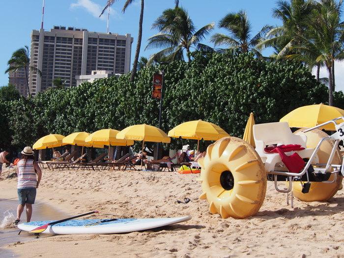 2014 9月 ハワイ (6)  みえた ブルーエンジェルスと 巨大なマイタイ_f0062122_18473538.jpg