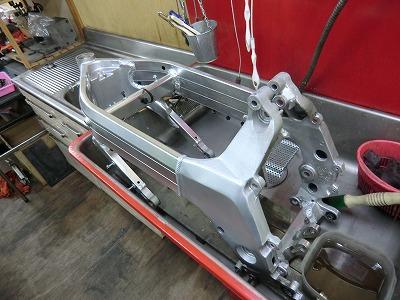 NSR250 車体整備!_e0114857_2032742.jpg